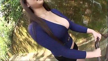 एशियाई सेक्सी माँ