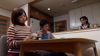 एशियाई माताओं कामुक सेक्स कर रहे हैं