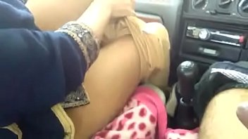 कार में भारतीय सेक्स