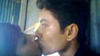 बॉयफ्रेंड ने एक मुस्लिम गर्लफ्रेंड को चोदा