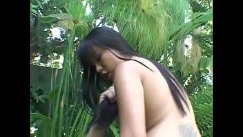 एशियाई लड़की के साथ अंतरजातीय सेक्स